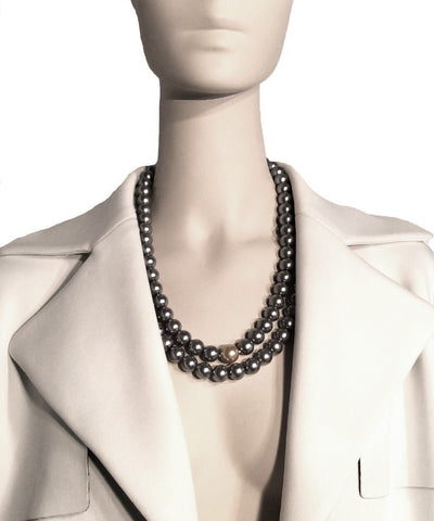 flotb-collar-choker-bead-gray worn 2