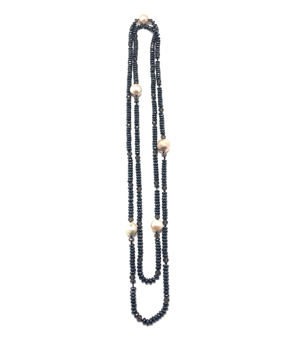 Long necklace with pearls and gray hematites - Editions LESSisRARE pearls