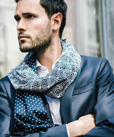Scarf-pattern-blue-for-men Editions LESSisRARE worn