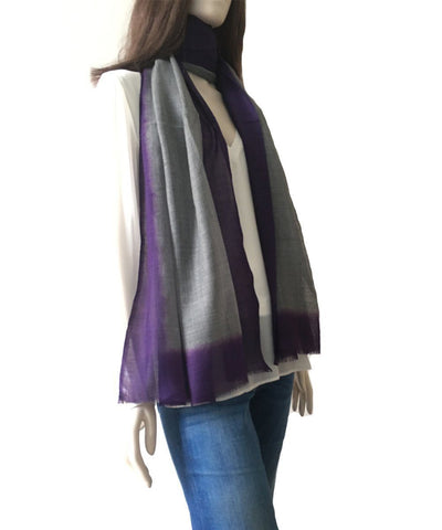 scarf-tie-and-dye-gray-worn Editions LESSisRARE