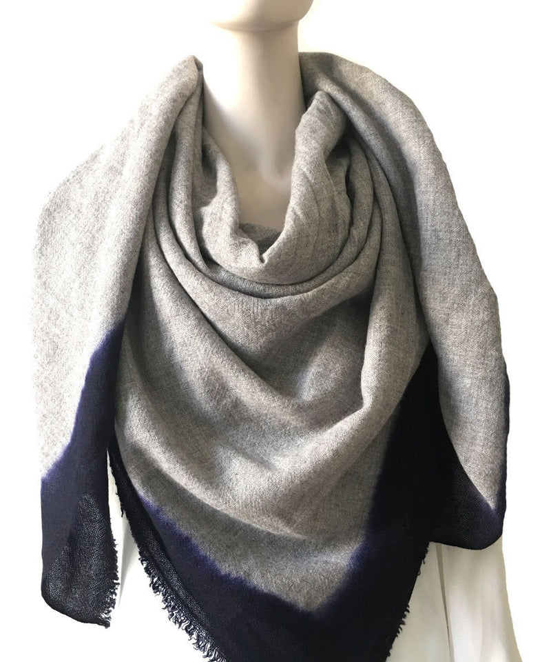 Gray cashmere tie and dye scarf - LESSisRARE Editions
