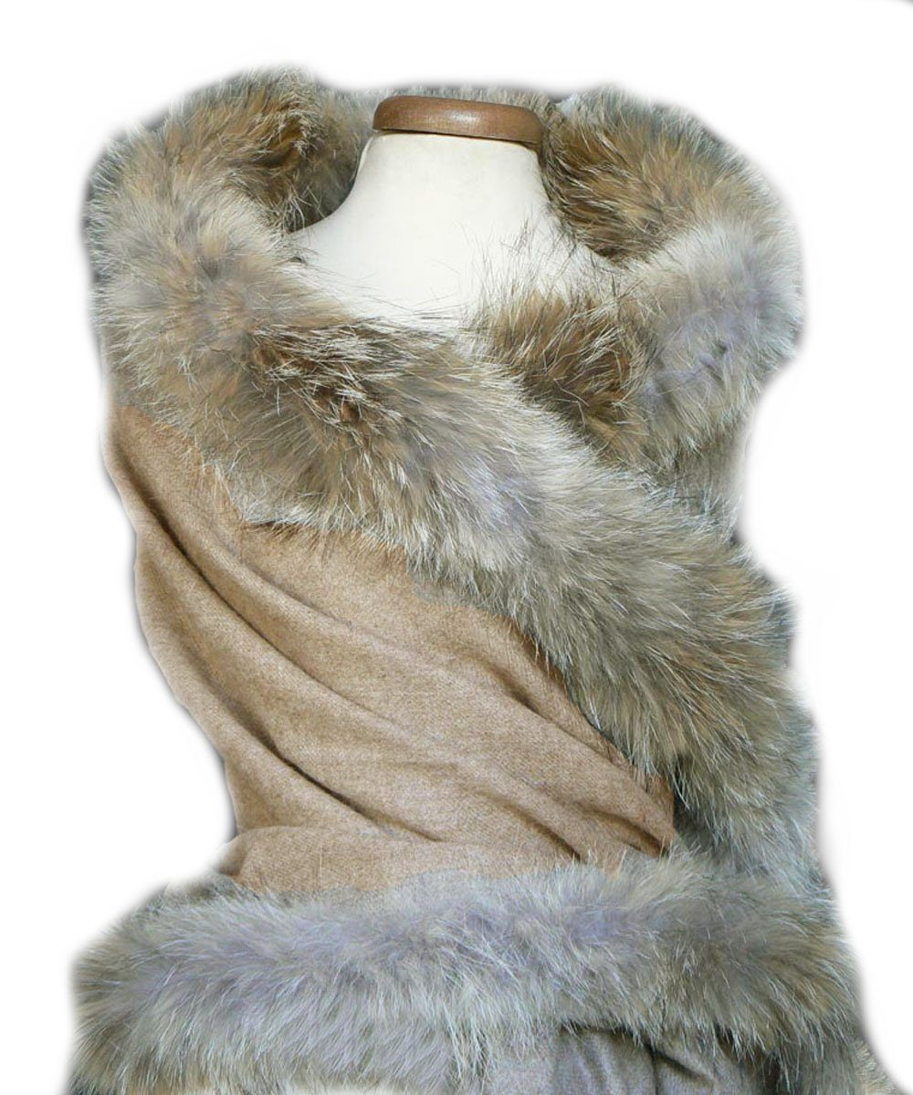 stole-fur-beige-for-woman Editions LESSisRARE