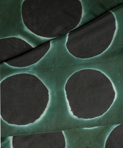 denovembre-in-silk scarf-green-and-black