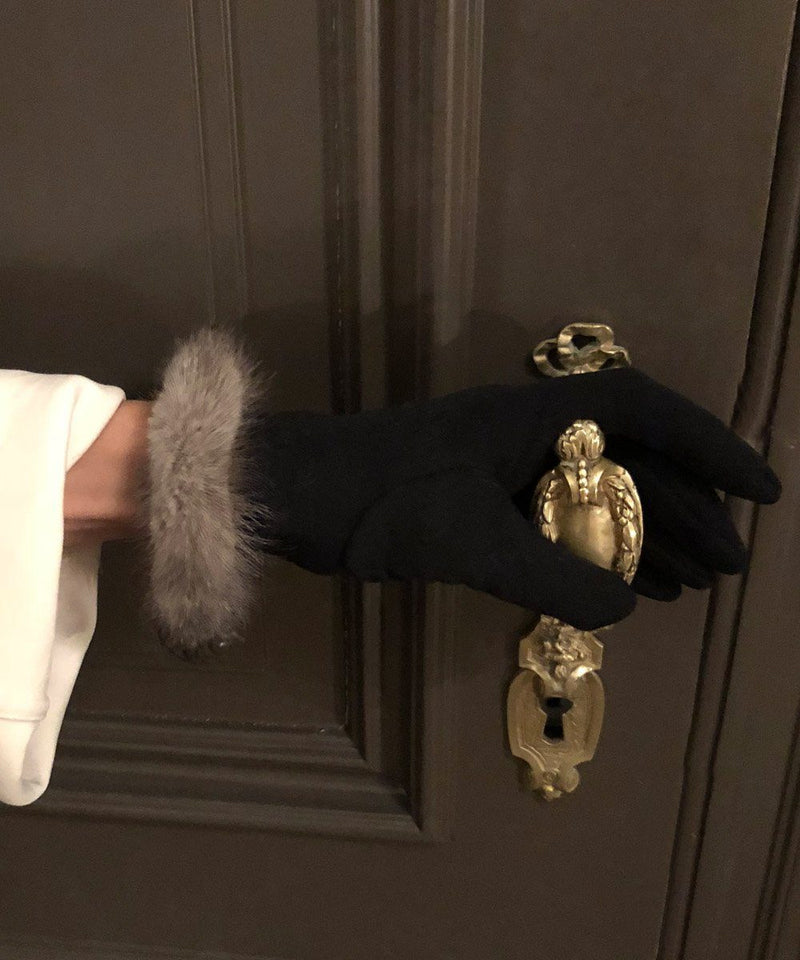 gloves-fur-edged-mink-gray Editions LESSisRARE