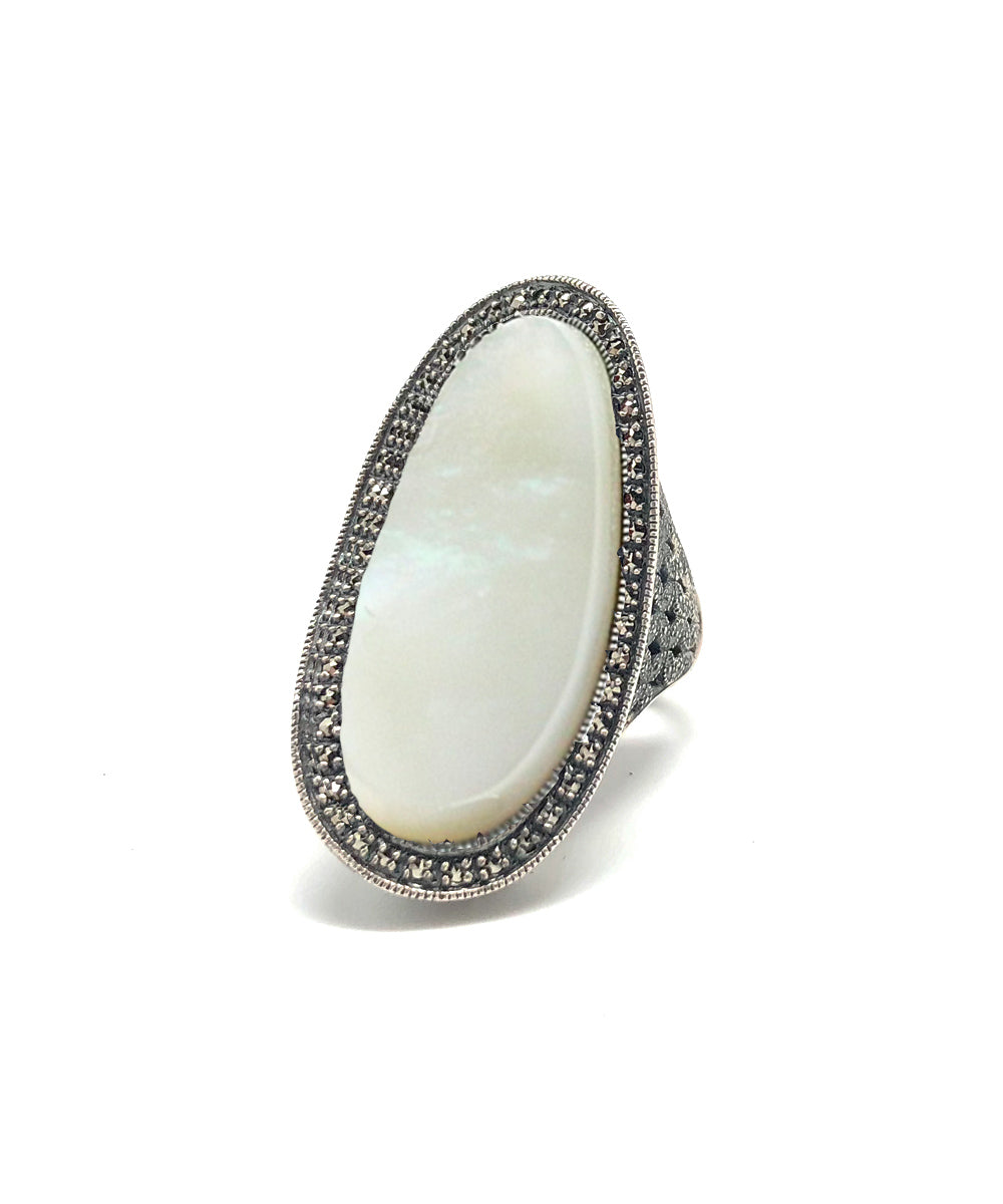 Long art deco mother-of-pearl ring, silver and marcasites