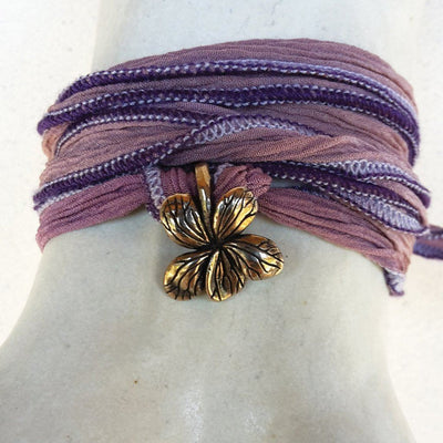 Catherine Michiels-charm-purple-flower-bronze.jpg