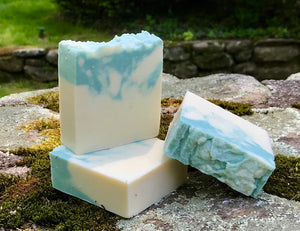 Crisp Cotton Handmade Soap with Aloe Vera and Kaolin Clay