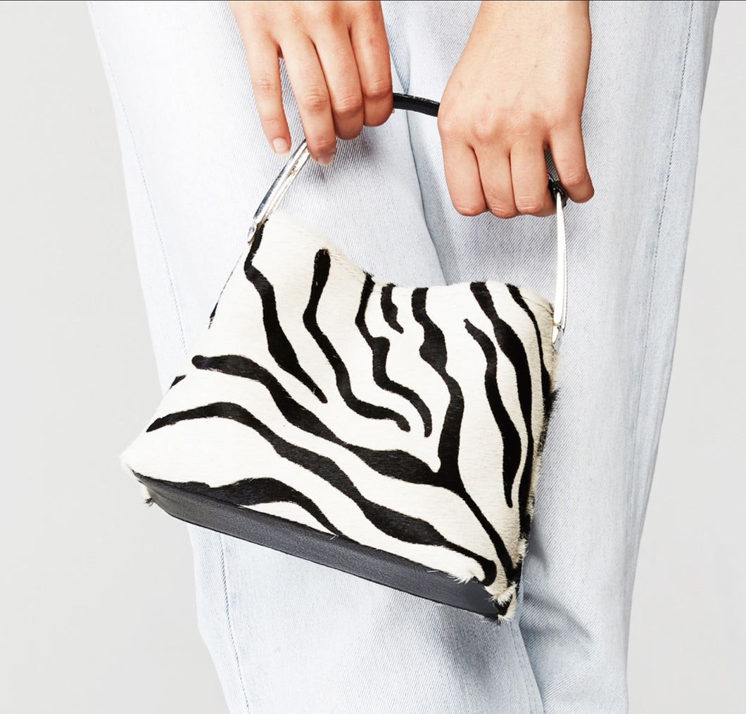 The Yumi in Printed hide