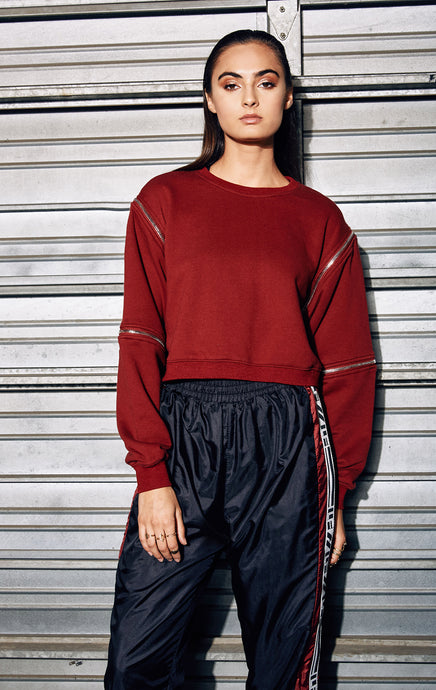 CROPPED PULLOVER SWEATSHIRT WITH ZIPPERS