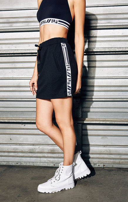 ATHLETIC MESH DRAWSTRING SKIRT WITH LF TAPE