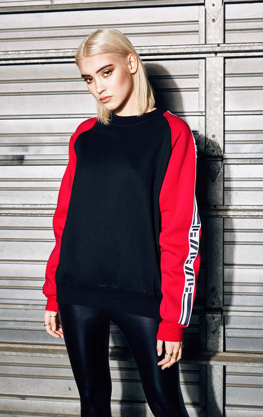 LONG SLEEVE COLORBLOCK PULLOVER
