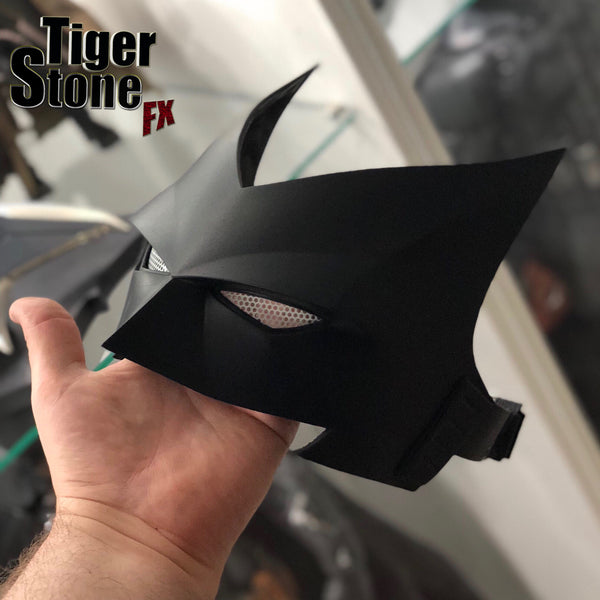 Our finished Batwoman mask (V2)