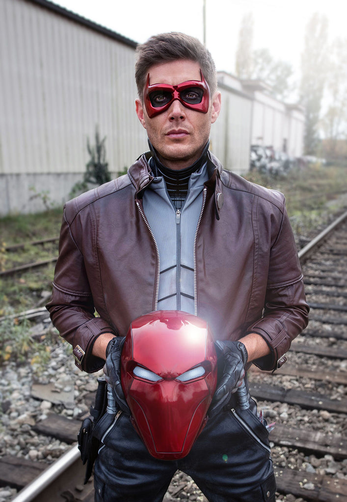 Jensen Ackles (Supernatural) wearing a Tiger Stone FX Red Hood helmet and face mask