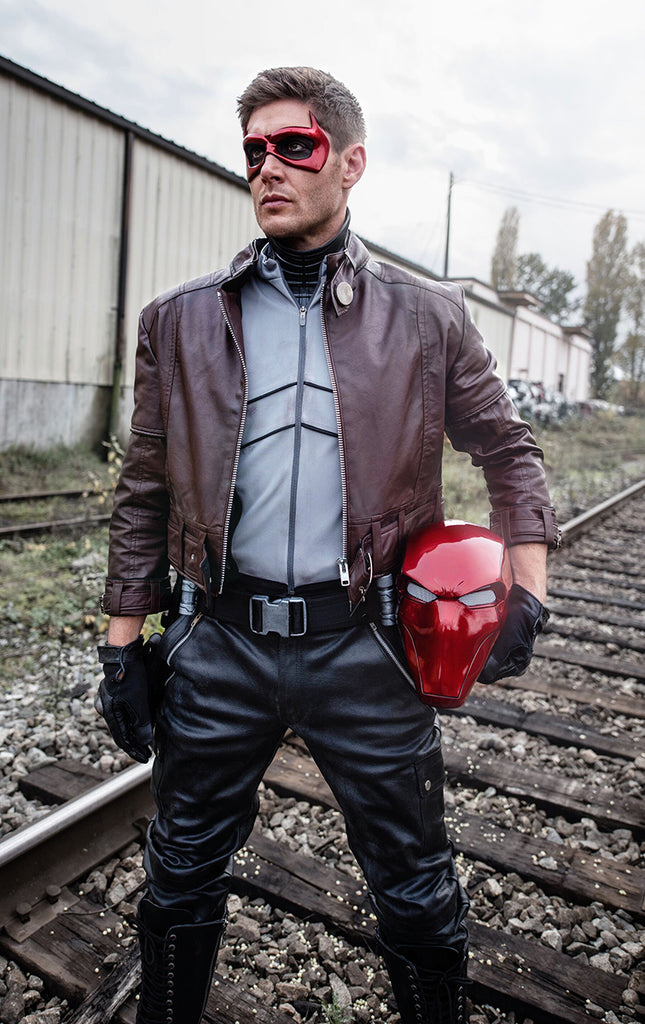 Jensen Ackles (Supernatural) with Tiger Stone FX Red Hood helmet and face mask (helmet on side)