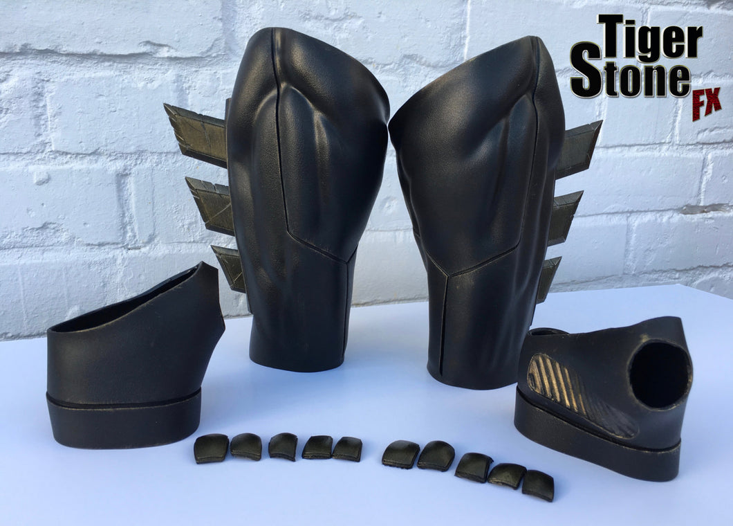 Weathered / aged Batman v Superman Dawn Of Justice inspired Gauntlets with fins, hand wraps and knuckles