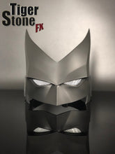 Batwoman mask (front view) by Tiger Stone fX