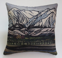 Load image into Gallery viewer, Torlesse Range Cushion Cover