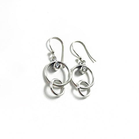 products/love-links-earrings-earrings-7182399897684.jpg