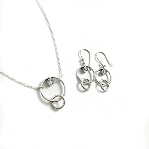 products/love-links-necklace-necklaces-7182402224212.jpg