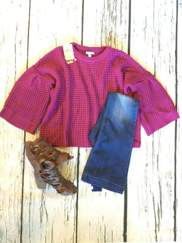 MAGENTA BELL SLEEVE SWEATER