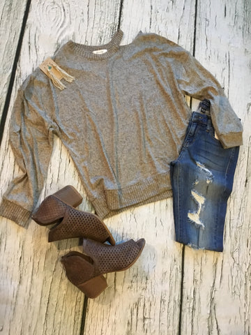 Long Sleeve Sweater w/ cutout detail