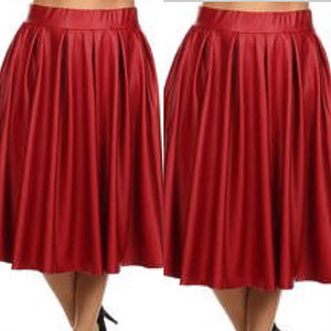 Plus Size Prissy faux leather skirt