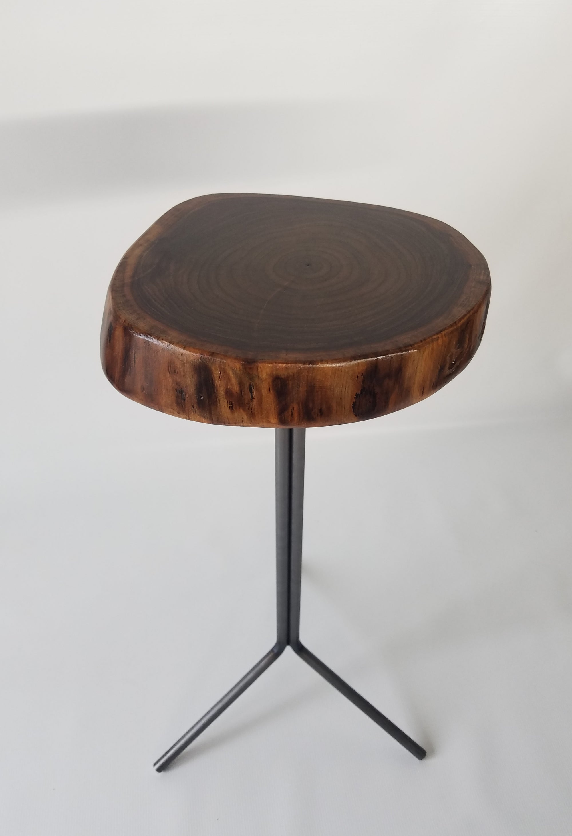 Live Edge End Table- Walnut- Small Side Table- Plant Stand- Tree Slice- Natural Wood- Industrial- Mid Century- Steel Base- Tripod- Log Table