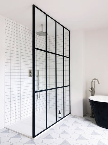 Shower with crittall window style screen