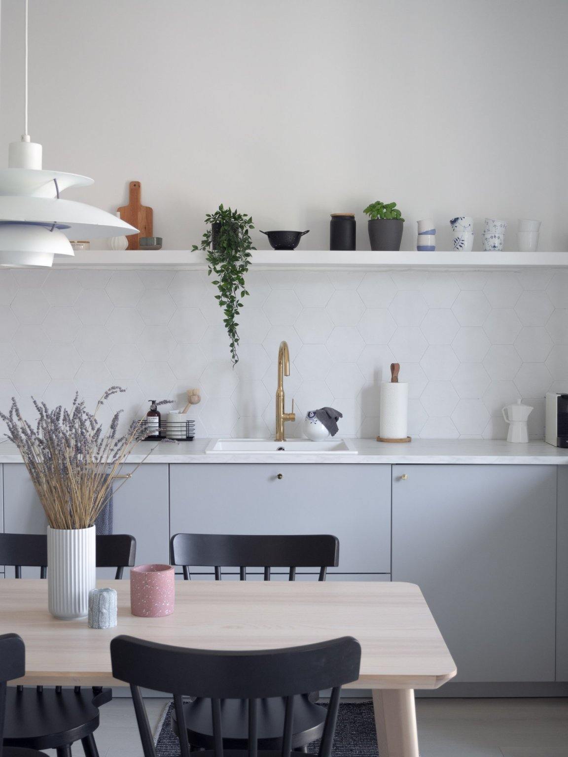 Modern grey kitchen with open shelving