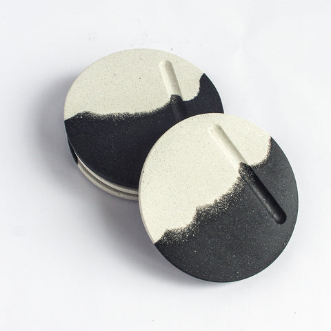 Set of 4 Round Coasters | Jesmonite | Black & White