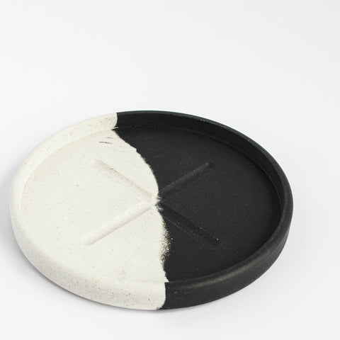 Small Round Tray | Jesmonite | Black and White