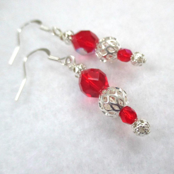 Red and silver Christmas holiday jewelry set for women. Elegant beaded strand adjustable necklace and matching dangle earrings, silver filigree and fire polished glass beads, made in America. Handmade romantic Valentine's Day jewelry for her.