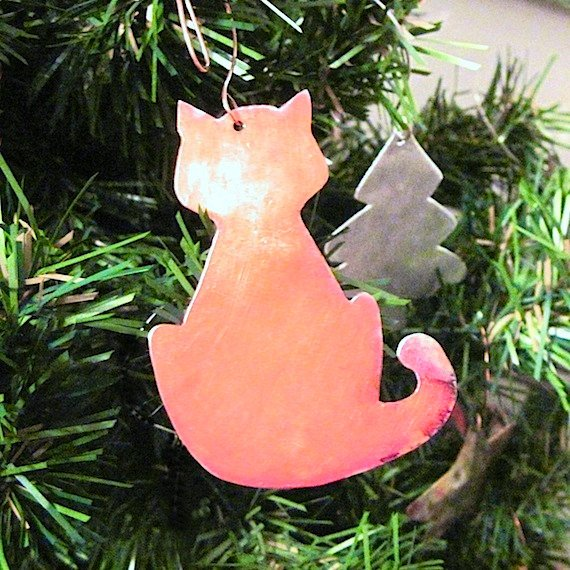 Handmade Christmas Tree Ornaments, Hand Forged Copper Kitty Cat, Rustic Holiday Home Decor, Primitive Old Fashioned, Cottage Chic, Folk Art Style, Eco-Friendly, Sustainable, Earth Conscious, Recycled Metal Decorations, Crazy Cat Lady, Animal Lover Gift, Unique Keepsake, Rough Magic Holidays