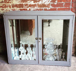 Display Cabinet Painted Autentico earth Stone