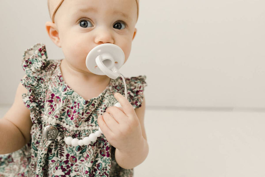Oli Pacifier in White