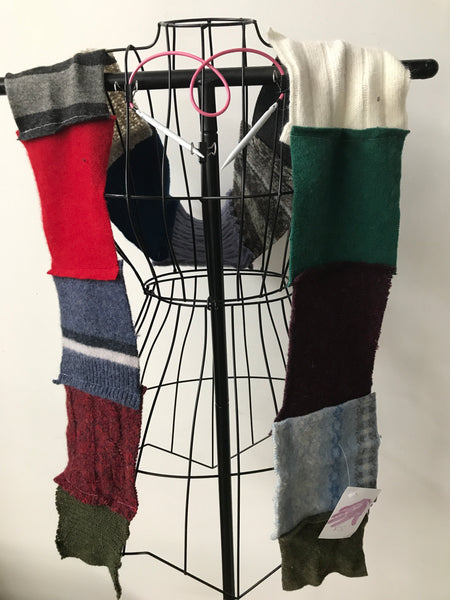 Recycled sweater scarf R5