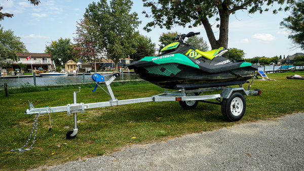 GALVANIZED FAST FISH DELUXE BOAT TRAILER/ PERSONAL WATERCRAFT TRAILER