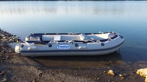 Freedom watercraft inflatable boat  muddy river wholesale