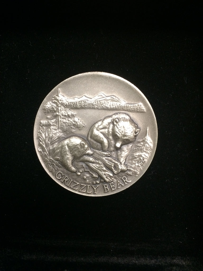 "Grizzly Bear ""America's Natural Legacy"" Series Endangered Wildlife High Relief Sterling Silver Medallion"