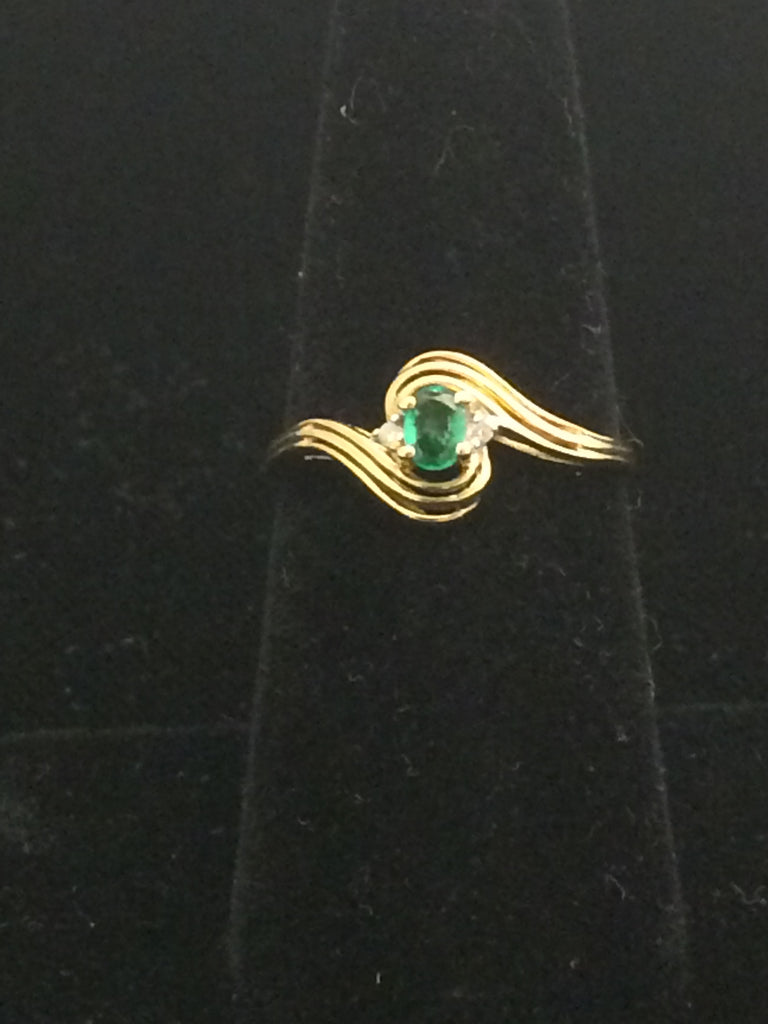 10k Gold Ring with Emerald Solitaire