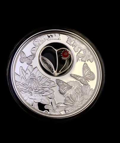 2017 Niue 1ozt Silver Filigree Heart Love Coin