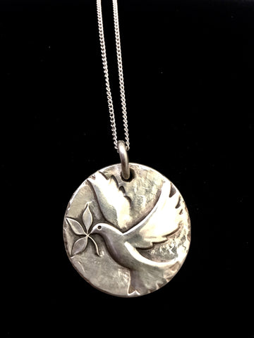 James Avery Sterling Silver Dove of Peace Pendant and Necklace (Retired)