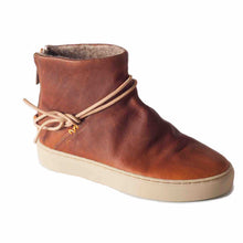 Silverlake Pull Up Caramel Boot