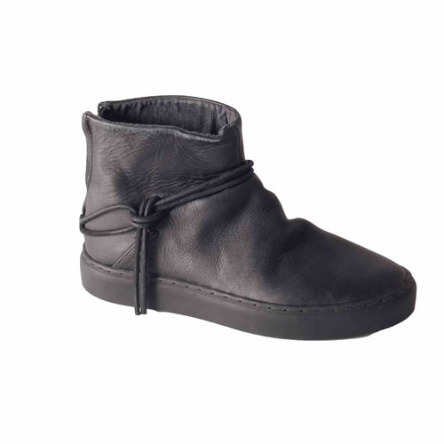 Silverlake Smooth Black Boot