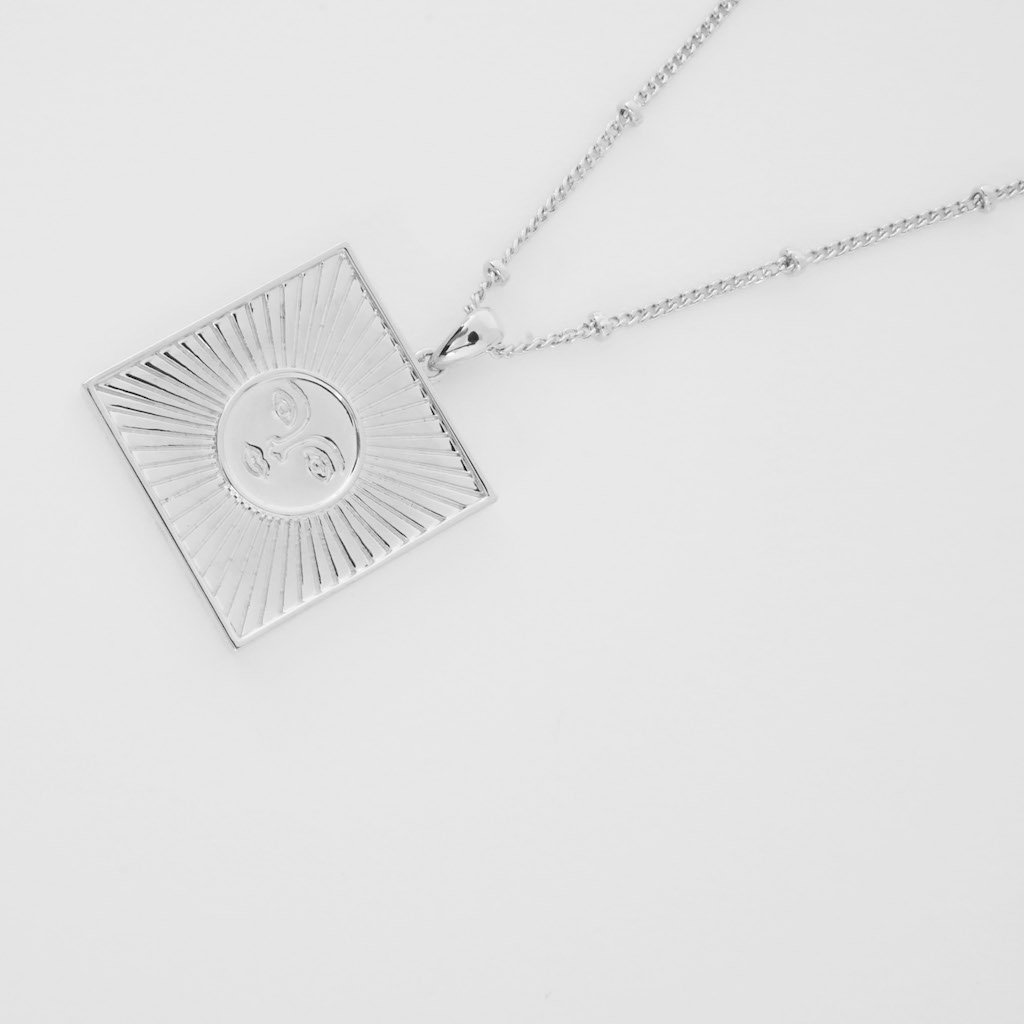 Sun Goddess Plate Necklace