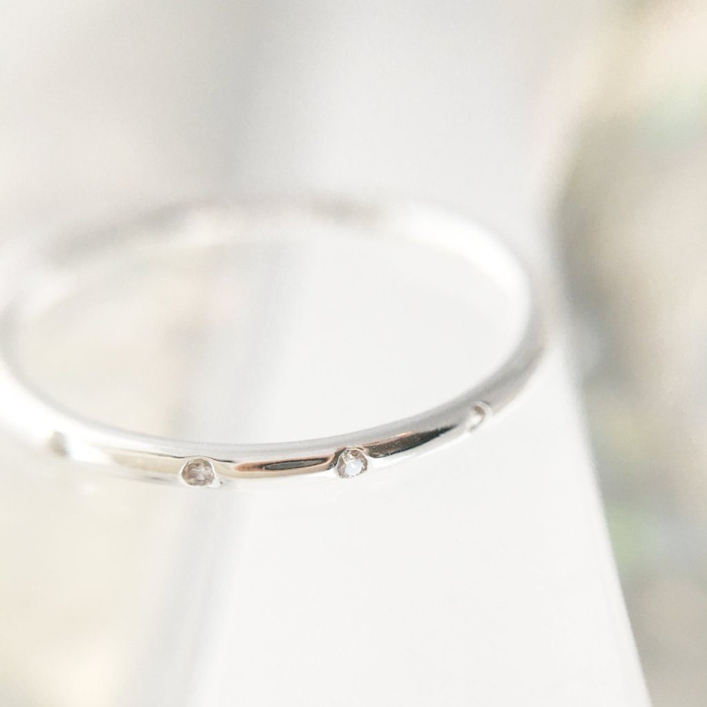 Dotted Crystal Band