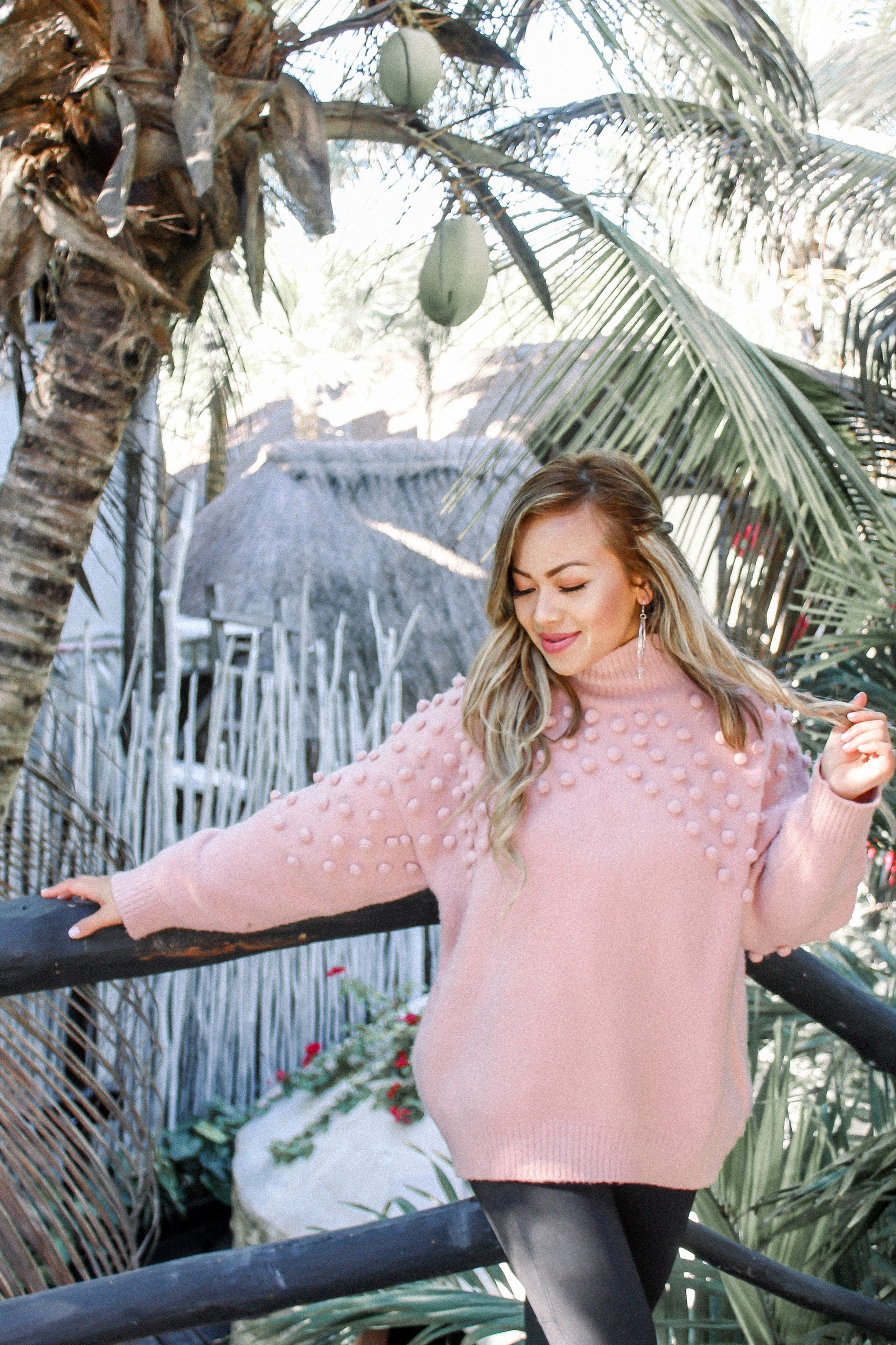 Oasis Blush Sweater - Blush Elegance