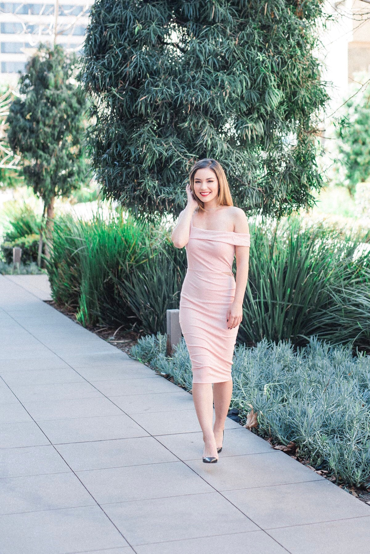 Brenna Body-Con Midi Dress - Blush Elegance