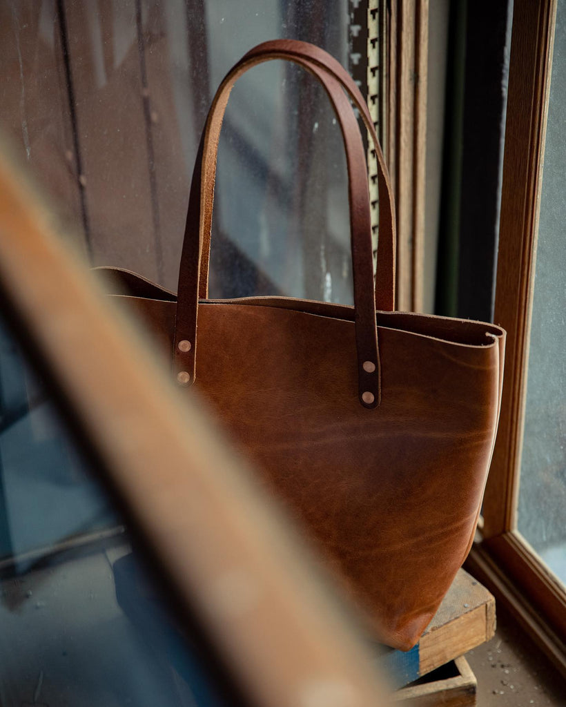 Cognac tote with custom handles