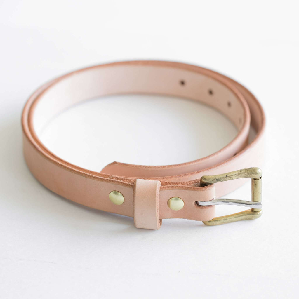 Vegetable tan belt with brass square roller buckle